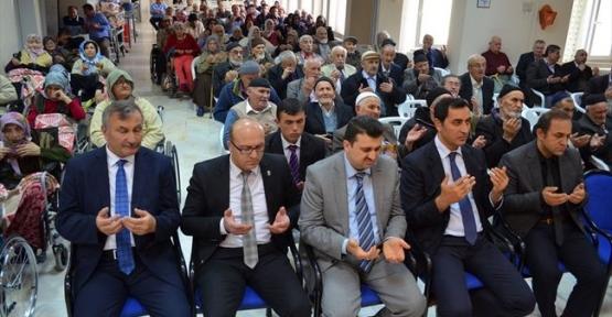 18 – 24 Mart Yaşlılara Saygı Haftasında şehitler için mevlit okundu