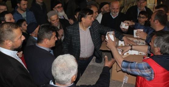 Havza Belediyesi 12 Bin Adet Kandil Simidi Dağıttı