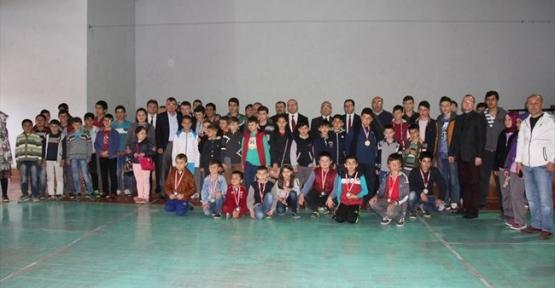 Havza'da Düzenlenen Satranç Turnuvası Sona Erdi