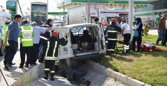 Havza'da Kaza: 1'i Ağır 2 Yaralı