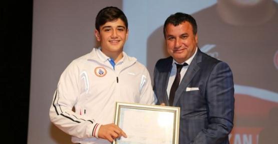 Havzalı Pehlivan Türkiye Şampiyonu Oldu