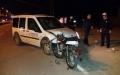 Motosiklet Araca Çarptı 3 Yaralı