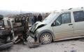 Traktör ile Araç Çarpıştı 3 Yaralı